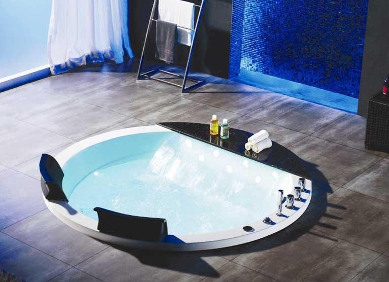 Bồn tắm massage âm sàn Daros HT-76 màu đen trắng sang trọng